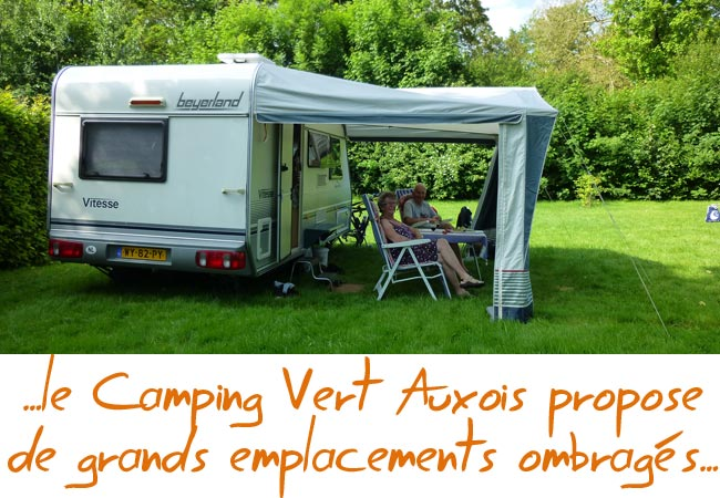 grand emplacement camping-car caravanne